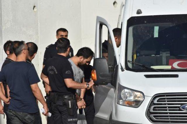 Konya'da DEAŞ davası sanıkları hakim karşısında