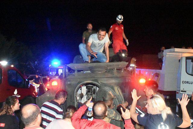 Tekirdağ'da yolcu treninin 5 vagonu devrildi: 10 ölü, 73 yaralı (7)
