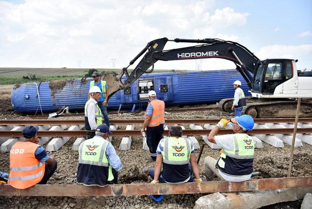 Tekirdağ'da tren faciasında bilanço ağır: 24 ölü, 318 yaralı (7)