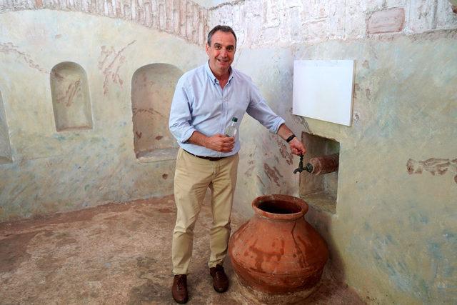 Tarihi ayazmanın suyu şişelenip satılıyor