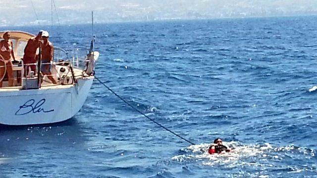 Lastik botla İstanköy Adası'na kaçmak isterken yakalandılar
