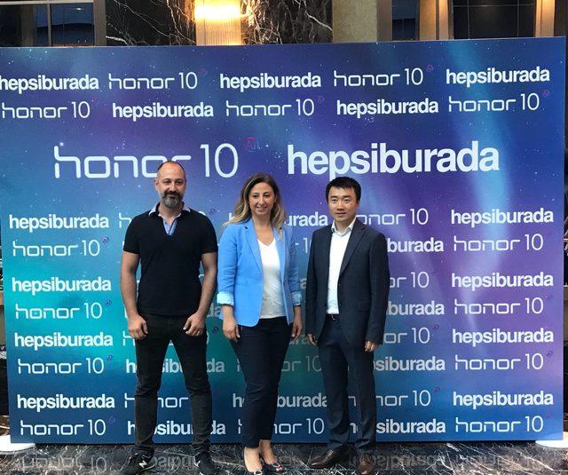 Honor'un yeni akıllı telefonu Hepsiburada ile Türkiye'de