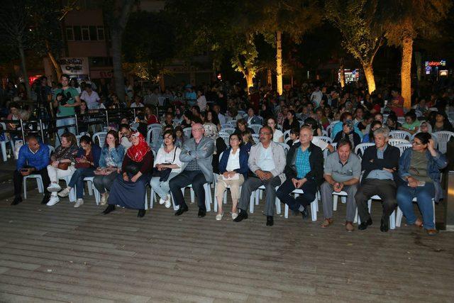 Eskişehir'de sokak sineması