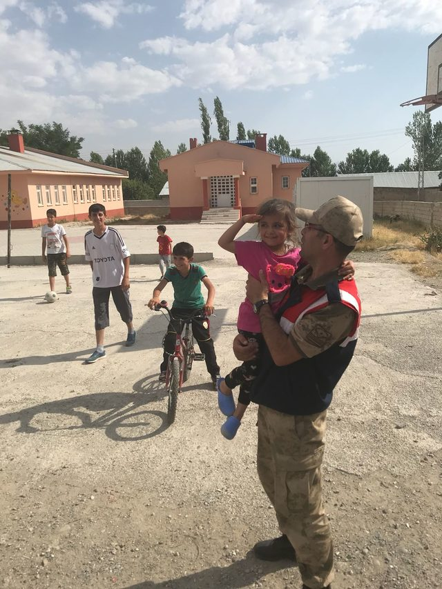 Van'da 'Çocuklarımız güvende' uygulaması