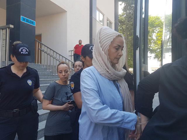 Adnan Oktar'a yönelik operasyon: Kadınlar sağlık kontrolünden geçirildi