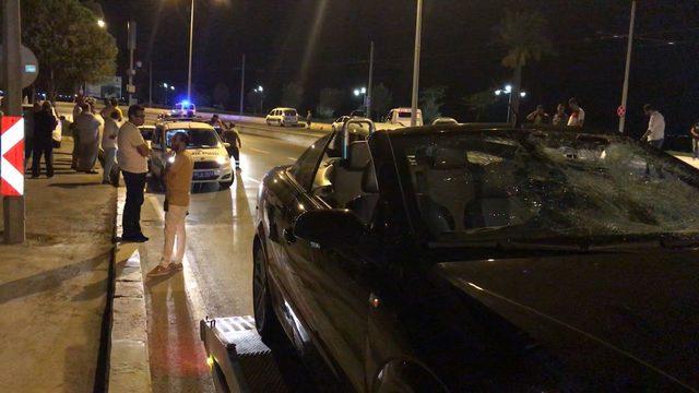 Otomobilin çarptığı 2 yaya, hayatını kaybetti
