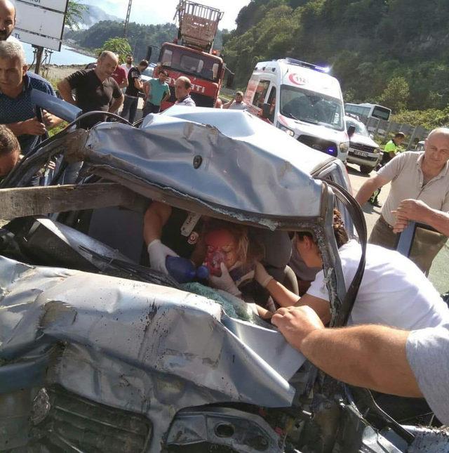 Kazada yaralanan 112 çalışanı Tuğba, yaşam savaşı veriyor