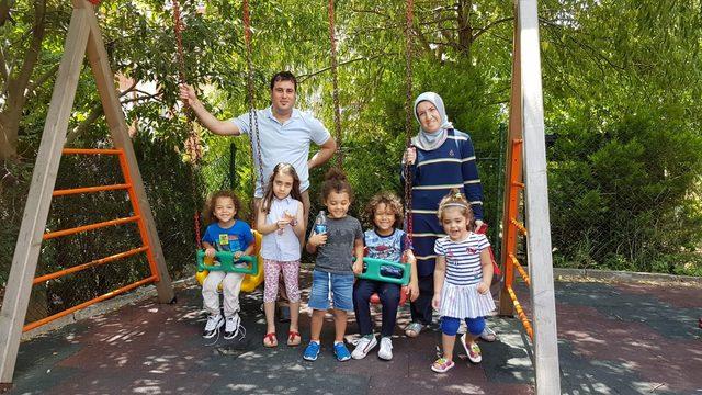 Amerikalı baba acil ameliyata girdi, çocuklarına Türk doktor sahip çıktı