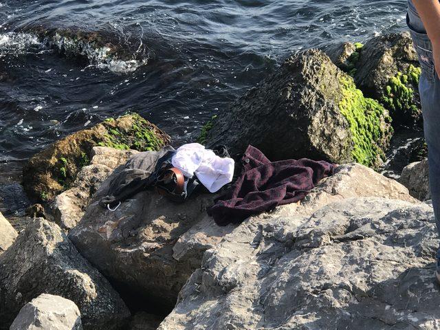 Moda'da denize giren bir kişi boğularak can verdi