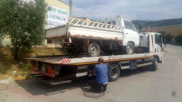Zabıtadan hurda araç temizliği