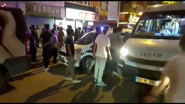(Ek fotoğraflarla)- Maltepe'de çocuk kaçırma girişimine linç