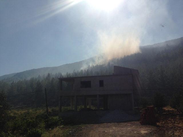 İslahiye'de orman yangınına havadan ve karadan müdahale