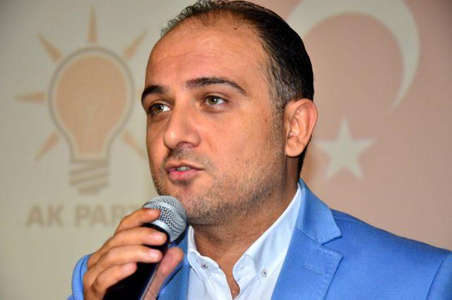 AK Partili Baybatur: CHP'de koltuğa yapışmış bir genel başkan var