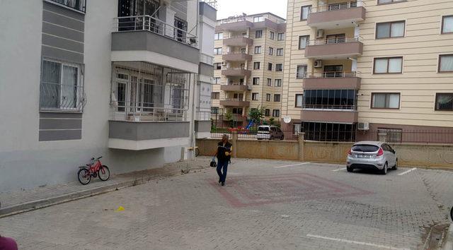 2 çocuk annesi, 5'inci kattan ölüme atladı