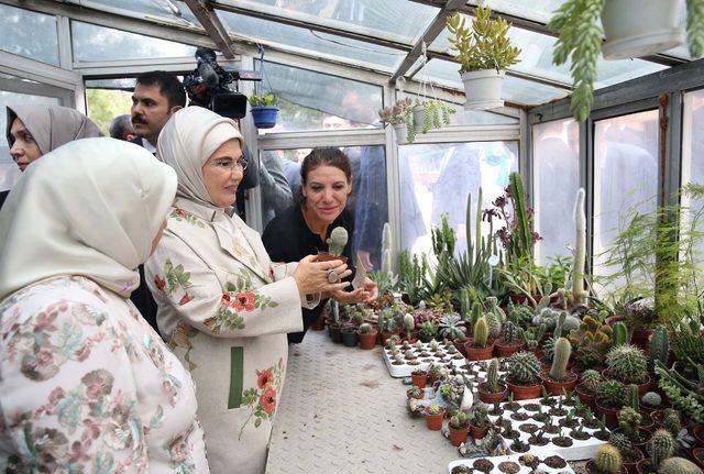 Emine Erdoğan, Meclis'teki 'sıfır atık' tesisini ziyaret etti