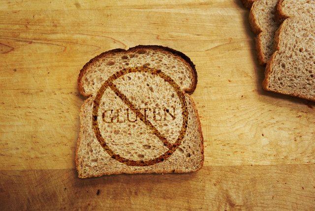 gluten_nedir_glutensiz_ekmek_glutensiz_diyet_glutensiz_makarna_gluten_diyeti_glutensiz_yiyecekler_kilo_verdirir_mi_glutensiz_un_gluten_alerjisi