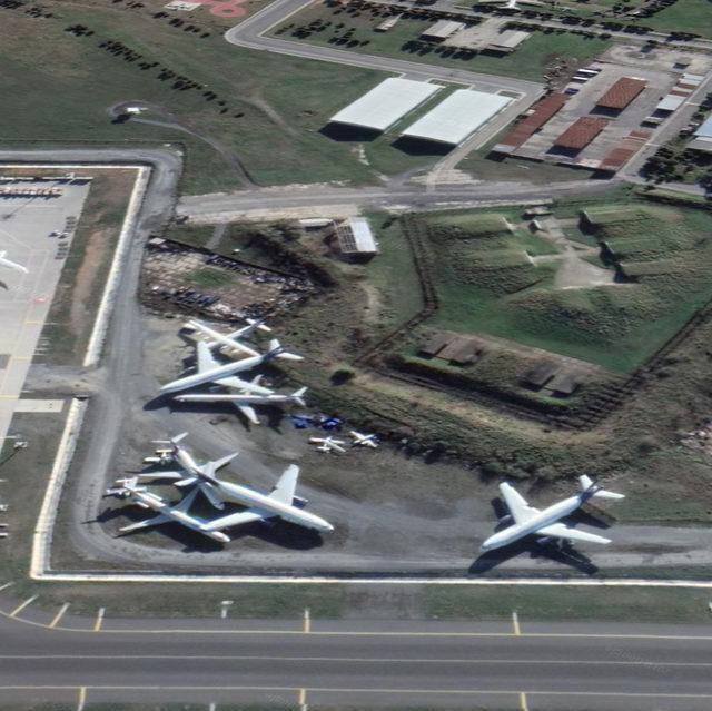 Aprondaki hurda uçaklar 'Millet Bahçesi'ne kafe veya restoran olabilir