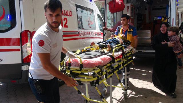 Kilis'te kamyonet devrildi: 7 Suriyeli yaralı