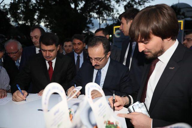 Sultanahmet'te Marmara depremi anma etkinlikleri