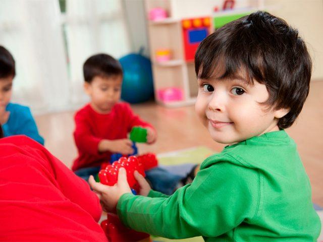 2 - 4 yaş çocuklarda gelişim basamakları