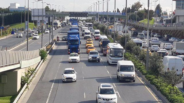 Atatürk Havalimanı'ndan yeni havalimanına 20 TIR yolda (1)