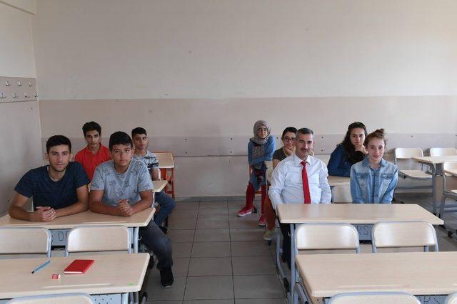 Yeşilyurt Belediyesi, ilçedeki okulların temizliğini yaptı