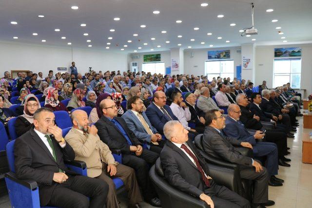 """Diyanet İşleri Başkanlığı Dini Yayınlar Genel Müdürü Dr. Fatih  Kurt: """"Din görevlisini üstün kılan hedeflerinin olması planlı ve programlı şekilde çalışmasıdır"""""""