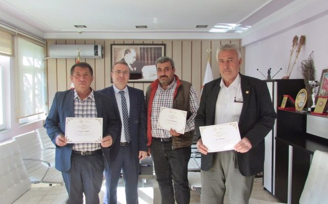 Tohum bağışı yapan 3 çiftçi ödül