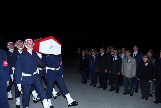 Şehit Jandarma Uzman Çavuş Gök'ün naaşı memleketi Eskişehir'e ulaştı