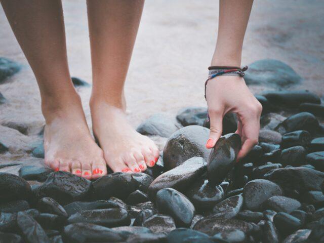 Bu Tarifle Vücudunuzdaki Toksinleri Ayaklarınızdan Atabilirsiniz