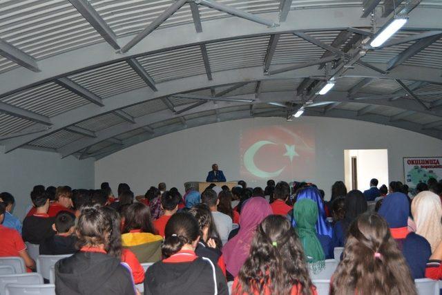 Öğrencilere, sözde Ermeni soykırım iddiası ve gerçekleri anlatıldı