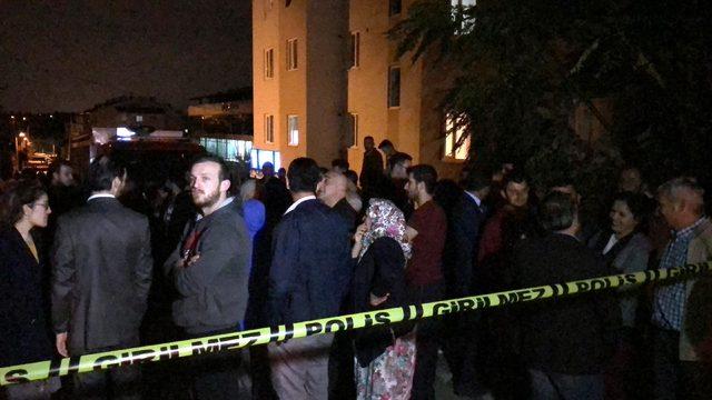 Bursa'da 5 katlı apartman, yıkılma tehlikesine karşı tahliye edildi (2)