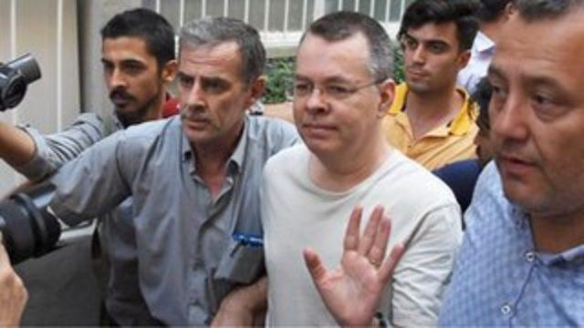 Brunson Davası'nda karar açıklandı: 3 yıl 1 ay 15 gün hapis cezasına çarptırılan pastör serbest