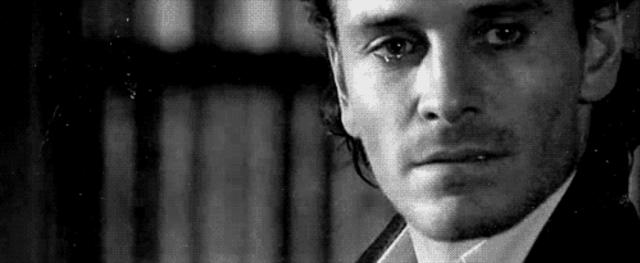 грустный мужчина картинки гифки купон или акцию