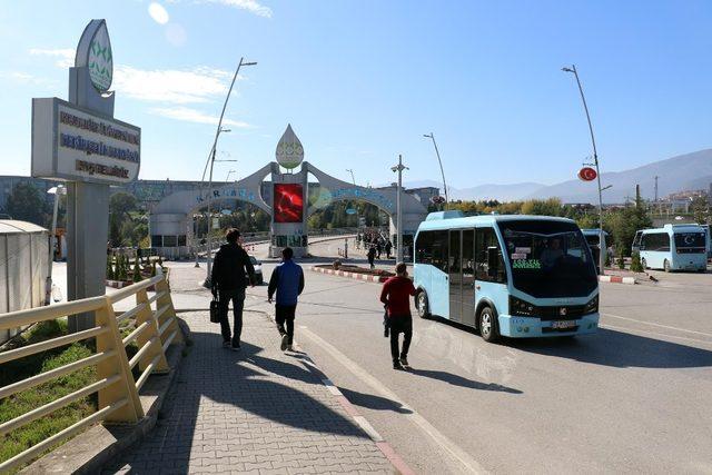 KBÜ'de dolmuş ve otobüslere kampüse giriş izni verildi