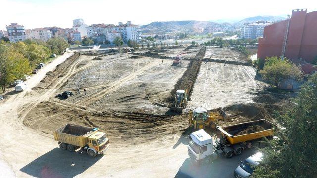 Sungurlu'nun kent arkında hummalı çalışma