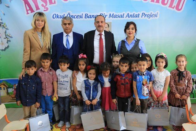 Başkan Duruay çocuklara masal okudu