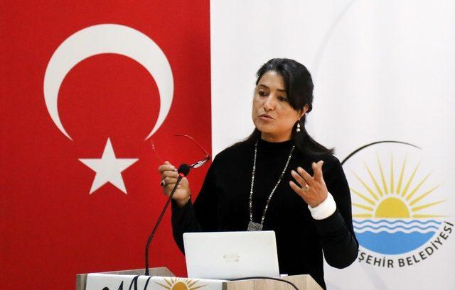 Van'da 'Kadına Yönelik Şiddetle Mücadele' semineri