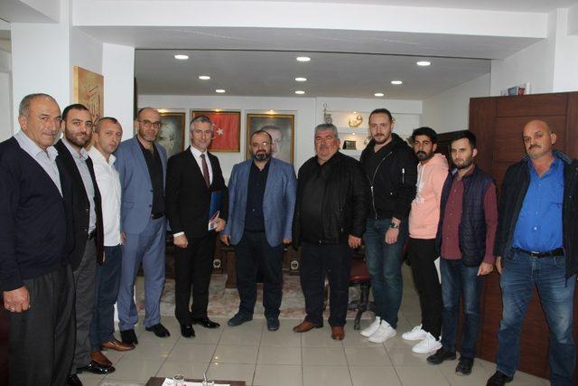 AK Parti'de ilk aday adayı Murat Caymaz oldu