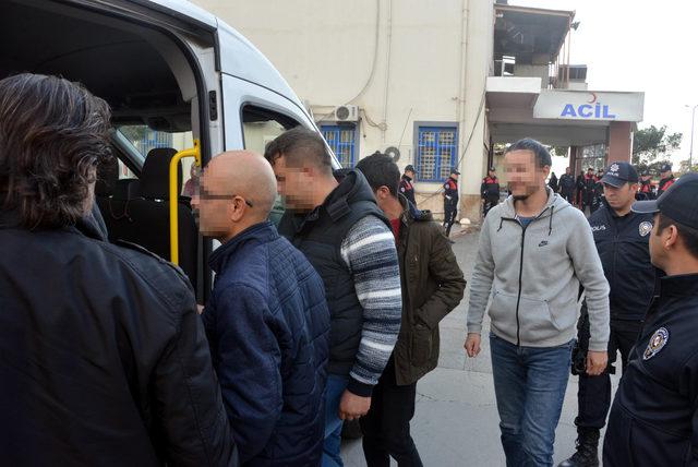 FETÖ'den gözaltına alınan 5 asker itirafçı oldu, 1 asker tutuklandı