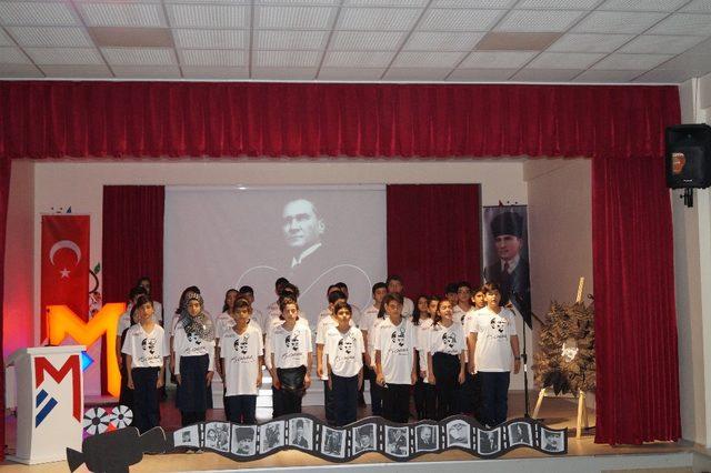 Mercan Kolejinde 10 Kasım Anma töreni
